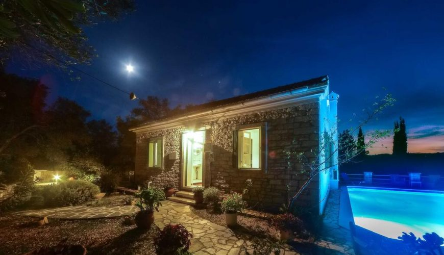 Country House Paxos